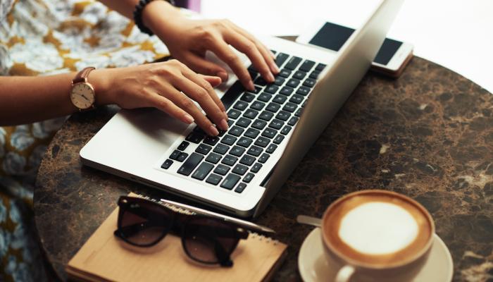 İş'te Yeni Paradigma: Uzaktan Çalışmanın Avantaj ve Dezavantajları